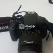 Canon DSLR professional camera model 600d photo 1