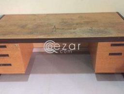 Good quality office type table for sale in Qatar