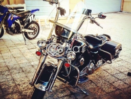 Harley roadking for sale in Qatar