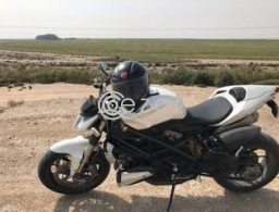 Ducati Streetfighter S (1099) for sale in Qatar