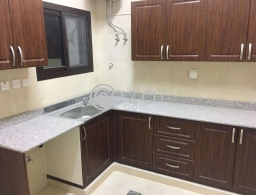 Brand New 3 BHK proper flat apartment without gypsum partition available at muntaza fereej abdul azeez near apolo clinic signal only for family for rent in Qatar
