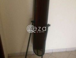 Mirror stand for sale in Qatar