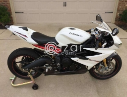 2016 Triumph Daytona 675R ABS for sale in Qatar