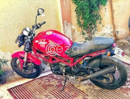 Ducati bike . Urgent sale. Fixed price in Doha Qatar