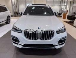2021 BMW X5 xDrive40i in Doha Qatar