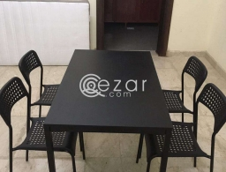 Dining table 4 chairs for sale in Qatar