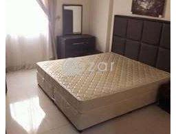 للأجار في منطقة السد عند الرويال بلازا. 30 شقة جديدة مفروشة فرش كامل (جديد) متكونة من عدد 2 غرف 1 صا for rent in Qatar