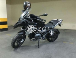 Almost new 2016 BMW R1200 GS Triple Black for sale in Qatar