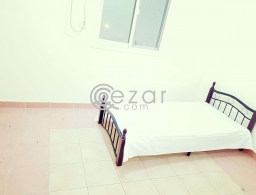 LADIES BED SPACE AVAILABLE IN MANSOURA BHND HOT BREAD for rent in Qatar