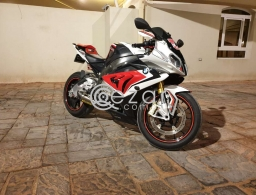 2015 BMW S1000RR in Doha Qatar