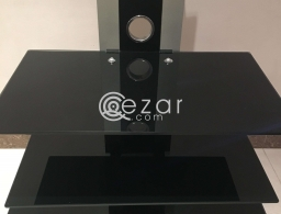 Glass tv stand for sale in Qatar