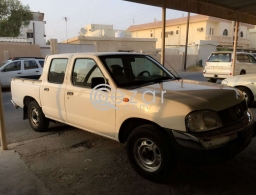 NISSAN PICK UP FOR SHIFTING AT ANY TIME in Qatar