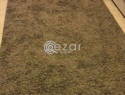 Large homecenter carpet for sale in Qatar