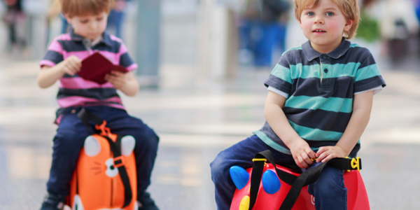 Unaccompanied minors looking after children who are travelling on their own