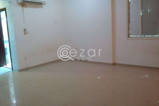 6 ROOM FLAT FOR RENT@MUNTHAZA photo 2