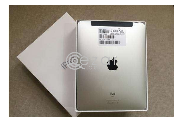 Brand New iPad 1th Gen 16GB WiFi and Caller 3G photo 1