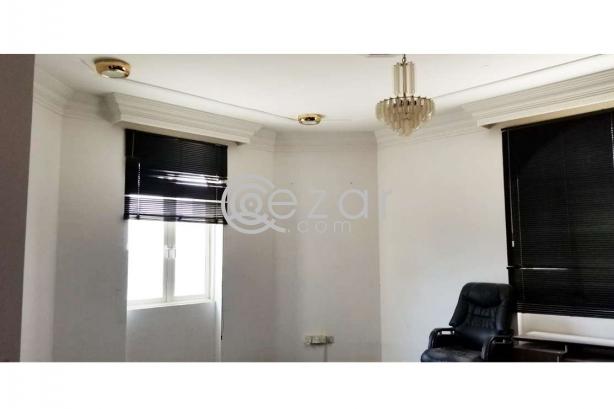 Huge Elegant Stand Alone Villa For Sale photo 3