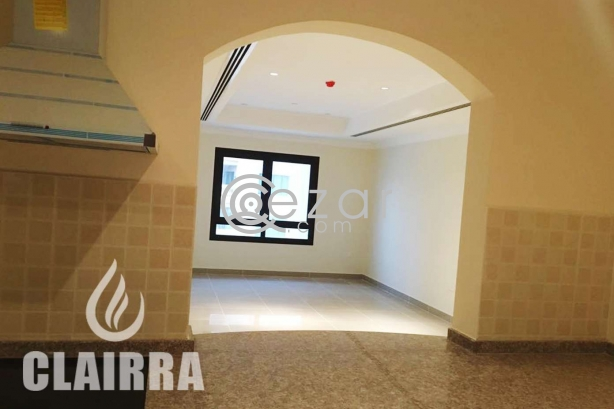 Affordable Fully Furnished Apartment with Marina View photo 6