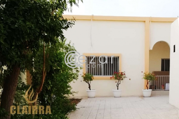 Spacious, Clean and Renovated 6 BR Villa photo 6