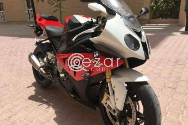 Bike BMW S1000 RR only 2700 km in rare condition photo 4