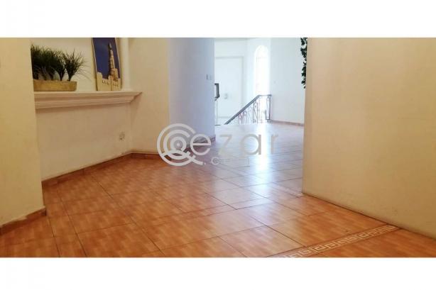 Huge Elegant Stand Alone Villa For Sale photo 8