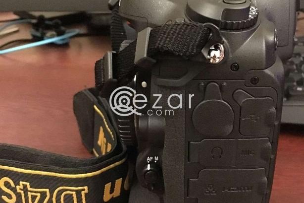 Nikon D4S for sale (mint) photo 3