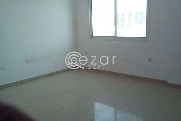 6 ROOM FLAT FOR RENT@MUNTHAZA photo 5