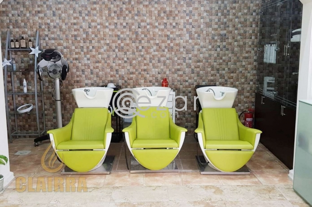 Furnished Beauty Salon with All Facilities photo 7