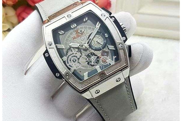 Watch Price 250 each photo 1