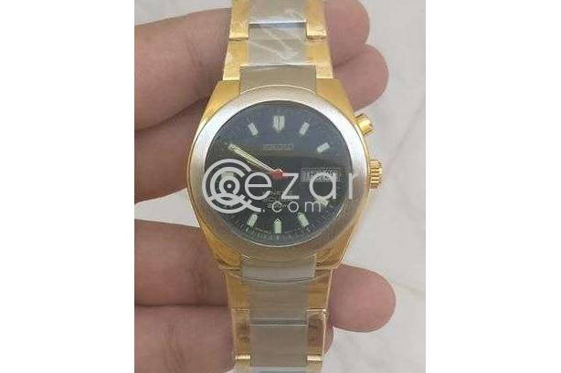 Brand New watch photo 3