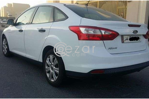 Ford focus 2013 for sale in Doha Qatar photo 3