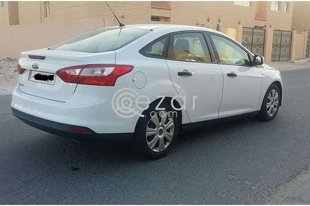 Ford focus 2013 for sale in Doha Qatar photo 4