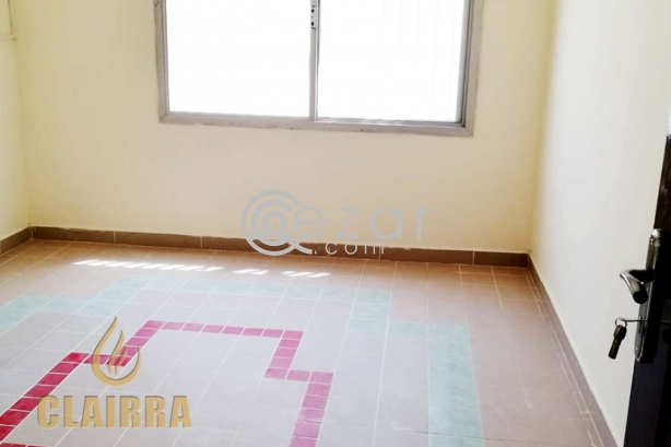 Spacious, Clean and Renovated 6 BR Villa photo 2