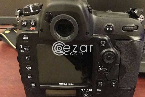 Nikon D4S for sale (mint) photo 1