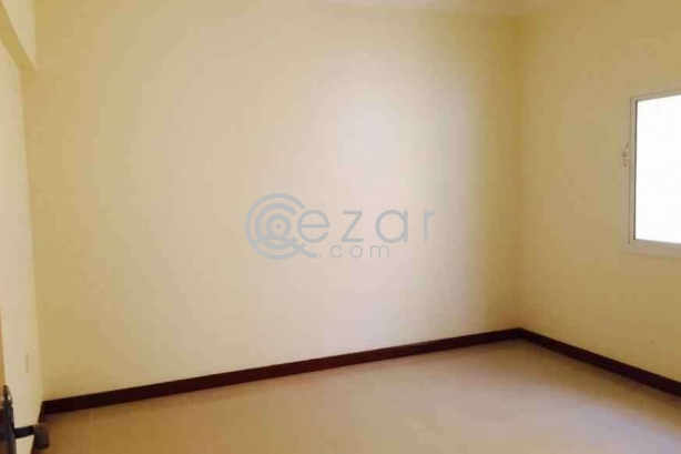 Bed space available in Najma photo 2
