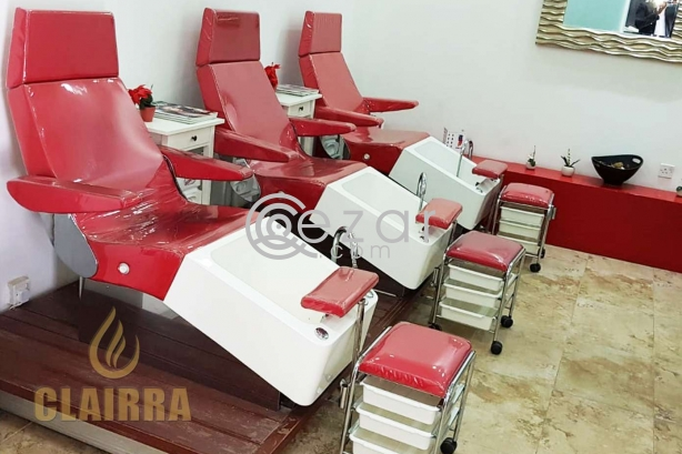 Furnished Beauty Salon with All Facilities photo 2