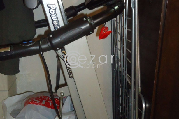 EXPAT LEAVING - FITNESS/BEAUTY ACCESSORIES FOR SALE photo 5