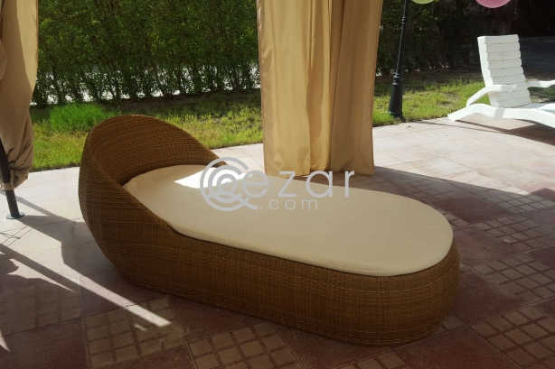 Outdoor furniture photo 5