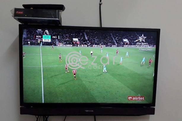 32 LED Toshiba Tv + Airtel HD receiver + Big Dish, LMB & Remote photo 1