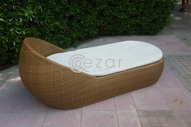 Outdoor furniture photo 4