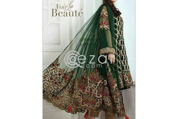 On hand heavy and Lawn dresses photo 3